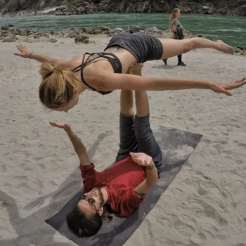 Revitalizing Yoga Retreat in Rishikesh, India