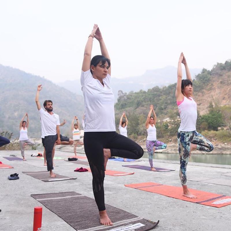 100 Hour Yoga Teacher Training in Rishikesh (100 Hr Beginner)