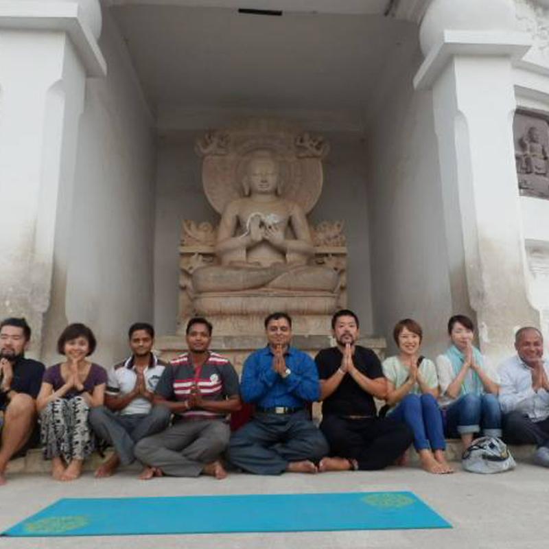 15 Days Yoga Teacher Training in Rishikesh (100 Hour Astanga & Hatha Yoga)
