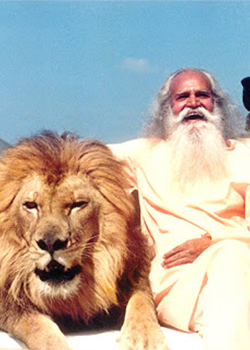 Satchidananda Saraswati - The Woodstock Guru