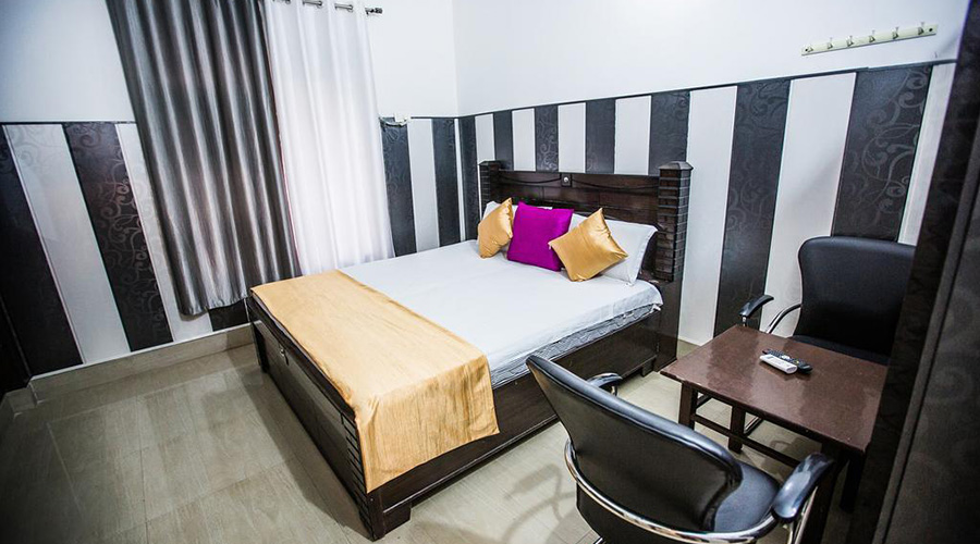 Cheap place to stay Hotel Rishikesh Stay